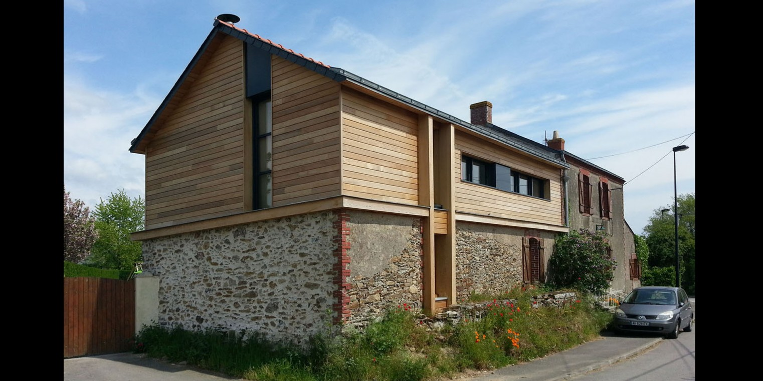 Agence d 39 architecture vincent de bourmont r novation for Rehausse maison ossature bois